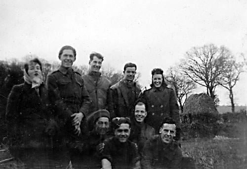 Searchlight boys - January 1943